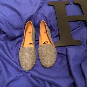 Grey Lofers H&M